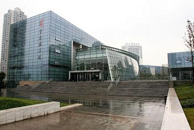 重庆图书馆<br /> 8YCE0180 钢化 +12A+8 钢化<br /> 8YCE0164 彩釉钢化 +12A+8 钢化