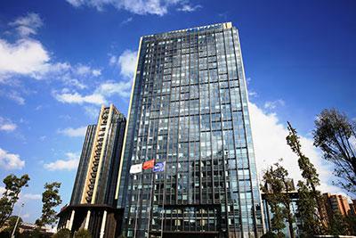贵阳万丽酒店<br /> 8YBE0160 钢化 +12A+8 钢化